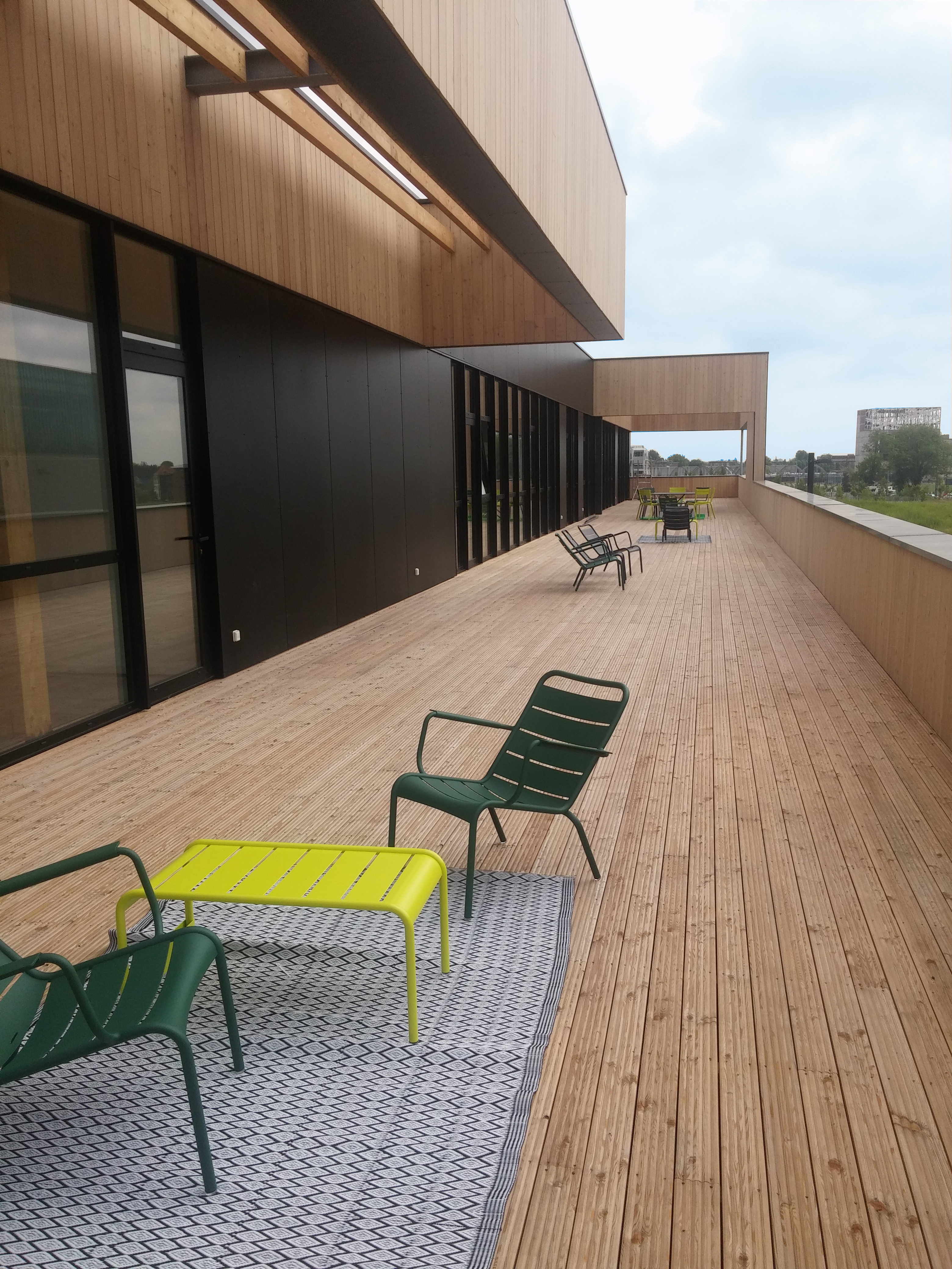 Karine dachary fonciere inea for Immeuble bureaux structure bois